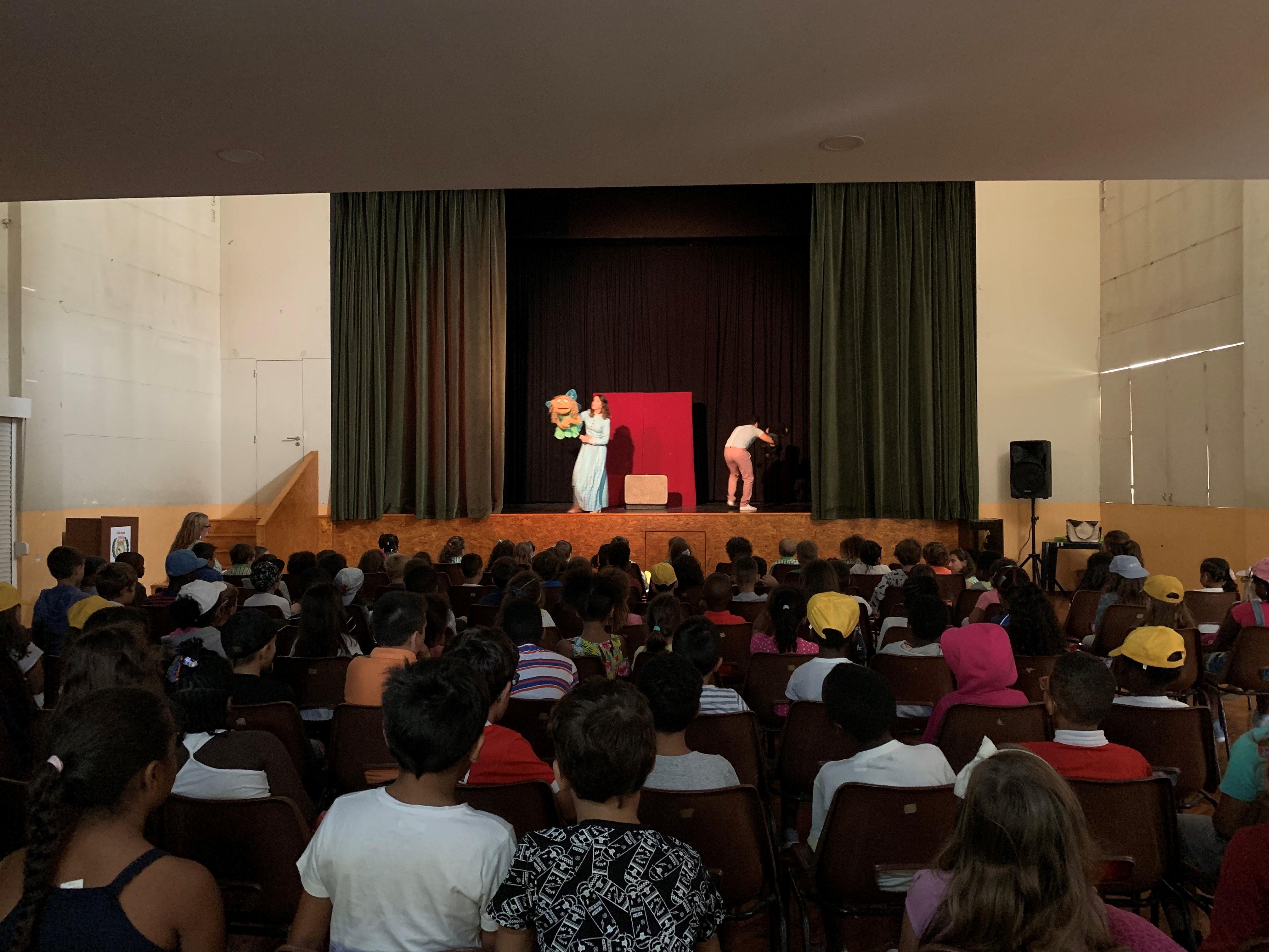 """Educação – Teatro """"A Fada Oriana"""""""